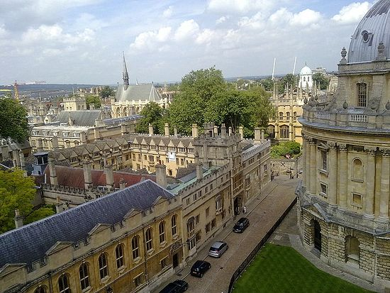 Колледж Брейзноуз в Оксфорде - вид с часовни св. Марии