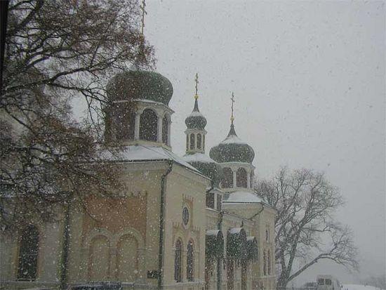 Троицкий собор Ионинского монастыря зимой