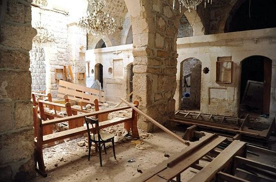 A general view taken on April 14, 2014 shows damage inside the Mar Sarkis Greek Catholic monastery in the ancient Christian town of Maalula (AFP Photo)