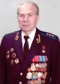 Герой Советского Союза Борис Васильевич Кравцов