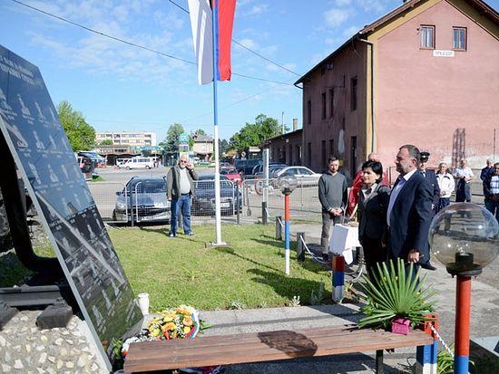 Приједор: Парастос за погинуле жељезничаре
