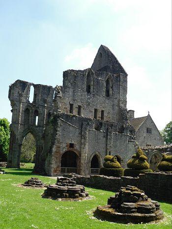 Мач-Уэнлок, Шропшир, руины монастыря св. Мильбурги (фото - И. Лапа)