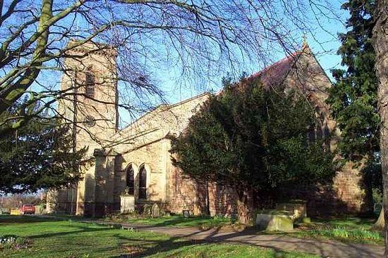 Церковь св. Георгия Победоносца в деревне Понтсбери, Шропшир, где некоторое время жила Мэри Вебб