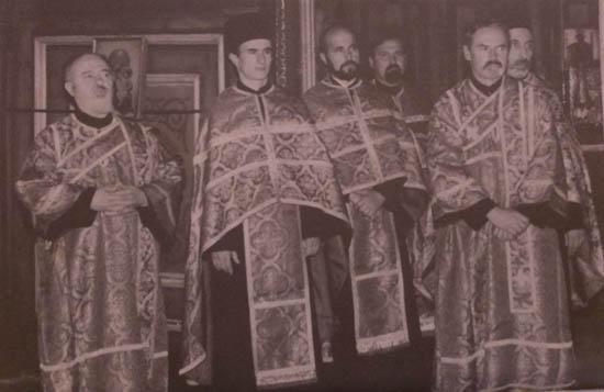 Професори Призренске богословије у цркви Светога Ђорђа.