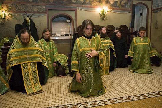 Kneeling prayers of the day of Holy Pentecost. Photo: Pravoslavie.ru