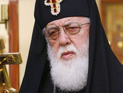 Патриарх Илия II: Народ должен быть рядом со своими корнями
