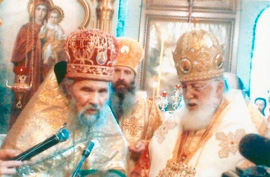 Патриарх-католикос всея Грузии Илия II и архимандрит Филарет (Кудинов) (слева)