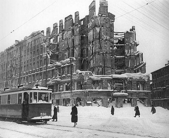 Блокада. Руины Ленинграда.