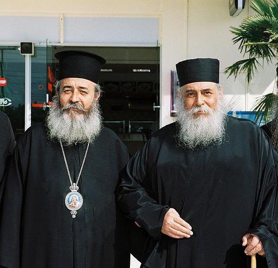 Митрополит Николай и о. Георгий Капсанис