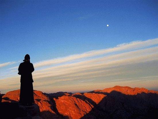 Это фото сделано в Давид Гареджи, огромном монастырском комплексе, основанном одним из 13 отцов - прп. Давидом Гареджийским
