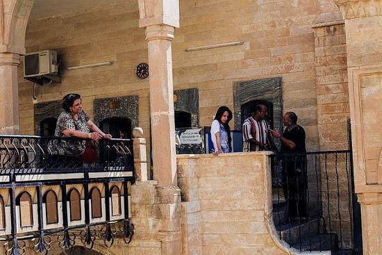 Беженцы в монастыре св.Матфея