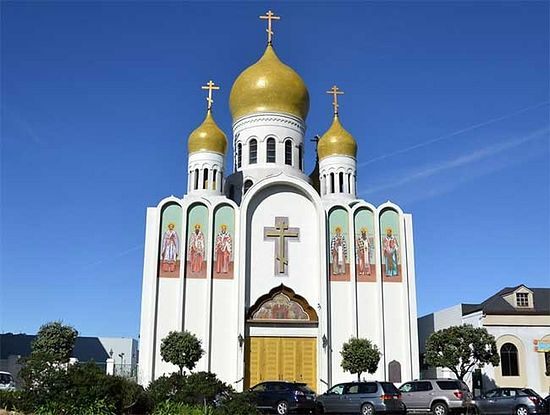 "The Church of the Mother of God ""Joy of All Who Sorrow"", Geary Blvd., San Francisco, California. Photo: Pravoslavie.ru."