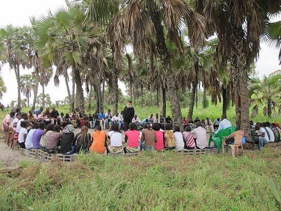 Ежегодные молодежные встречи с о. Теологом в Конго