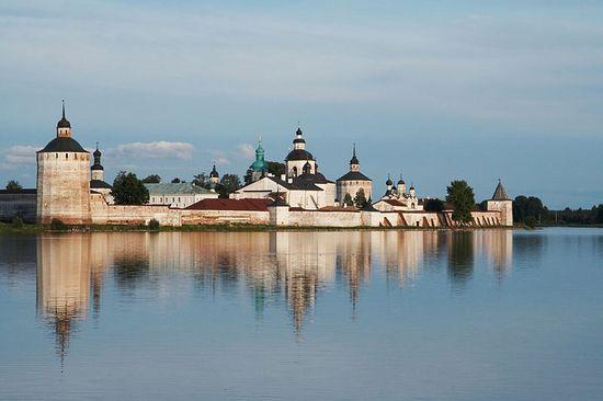 Один из красивейших монастырей России