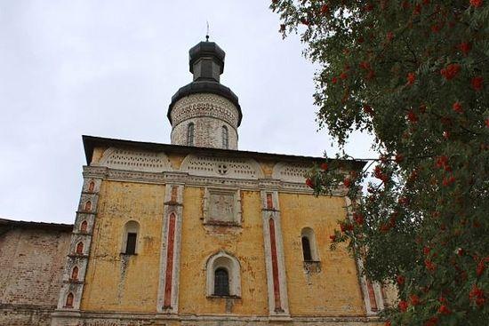 Надвратная церковь прп. Иоанна Лествичника
