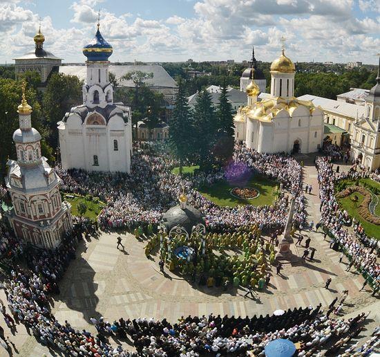 Троице-Сергиева Лавра в день памяти преподобного Сергия. Фото: Патриархия.Ru