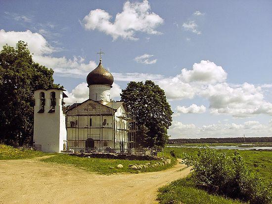 Ильинский храм в Выбутах