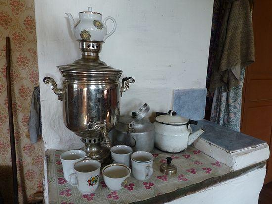 Д. Мондино. Электричества в деревне нет, чай только из самовара