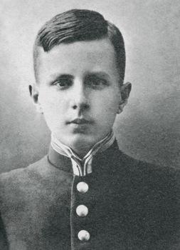 Николай Раевский — золотой медалист Каменец-Подольской гимназии. 1913 год