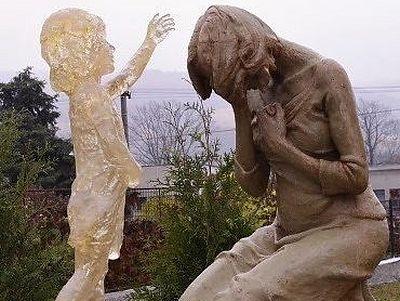 Когда мать становится могилой