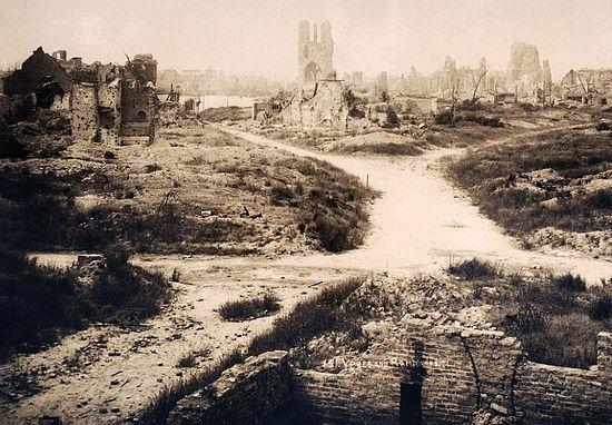 Первая мировая война. Бельгийский город Ипр, давший название иприту