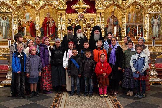 Монахи Валаамского монастыря приютили на подворье в Приозерске 116 беженцев.