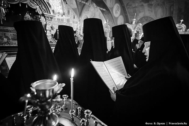 Έπαινος στην Παναγία.  Φωτογραφία: Vladimir Orlov / Pravoslavie.Ru