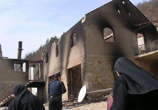 Монастырь Девич после пожара