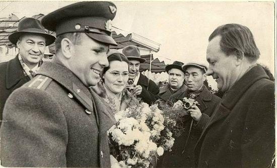 Гагарин в Ташкенте