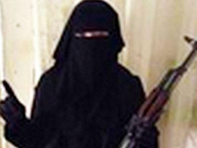 Британская рок-певица присоединилась к ИГИЛ и призывает уничтожать христиан