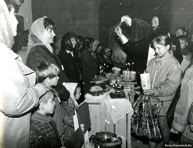 Освящение куличей. Фото: Православие.Ru