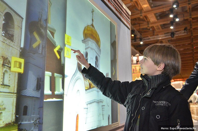 Интерактивная звонница на выставке. Фото: Православие.Ru