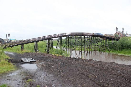 Отличительный знак Виски – горбатый мост