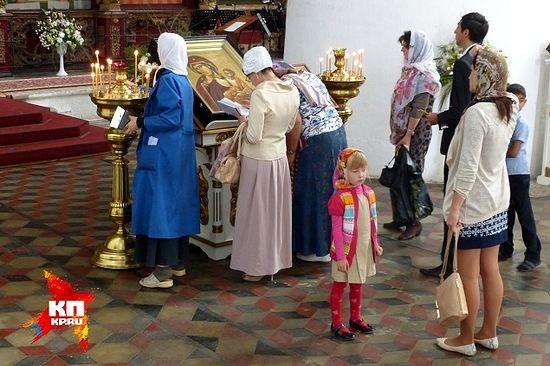 """Список с иконы """"Отрада"""" Ватопедского монастыря находится в Успенском соборе Рязани."""