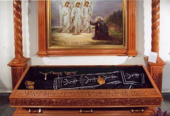 Мощи преподобного Александра Свирского