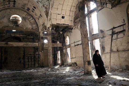Уништена црква у Египту
