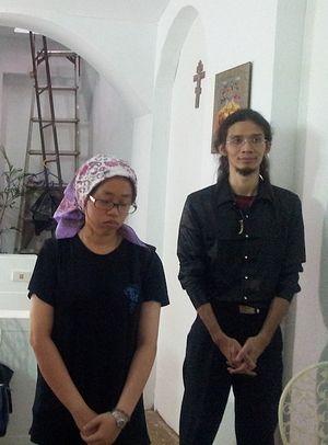 Тайваньцы на службе в храме г. Тайчжун