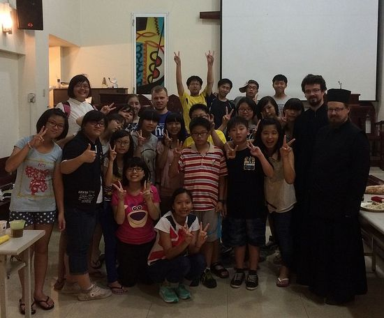 С участниками встречи протестантской молодежи