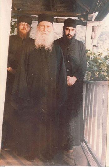 Отец Ефрем (ныне игумен обители Ватопед), старец Иосиф Ватопедский, отец Андрей (ныне митрополит Лимасольский Афанасий)