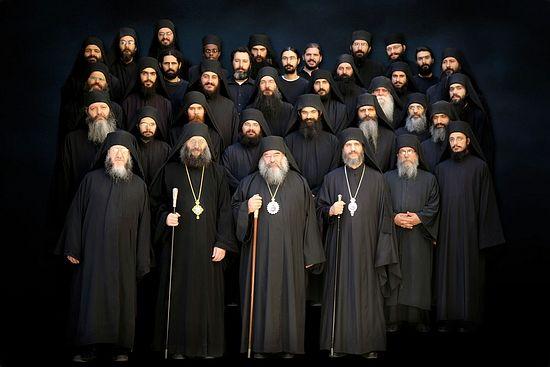 Митрополит Афанасий с братией монастыря Пресвятой Богородицы Махера
