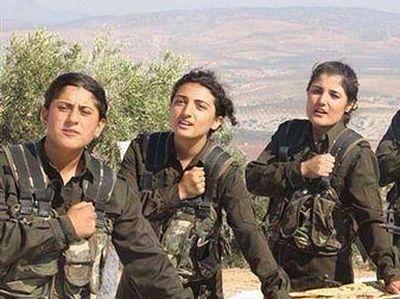 Боевики ИГИЛ боятся женских батальонов