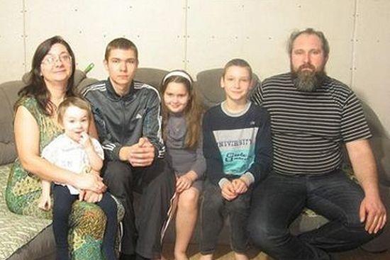 Вјачеслав Гусаковски с породицом