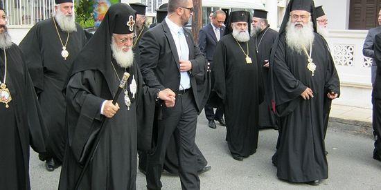 Во время визита на Кипр. Фото Romfea.gr