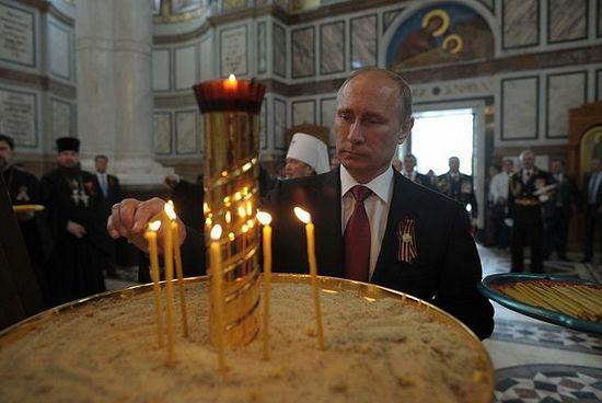 9 мая 2014 года, Севастополь, Во время посещения собора св.равноап. кн.Владимира.