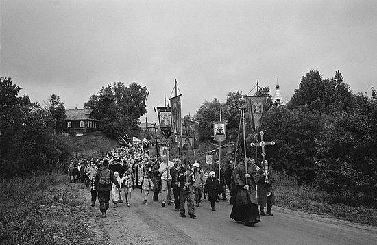 Иринарховский крестный ход на последнем этапе пути — к селу Кондаково