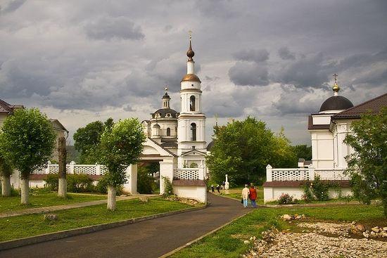 Николаевский Черноостровский монастырь, Малоярославец