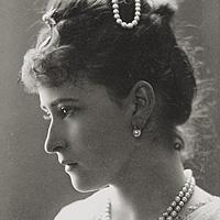 33 портрета Великой княгини