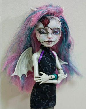 Вот такие куклы продаются в России