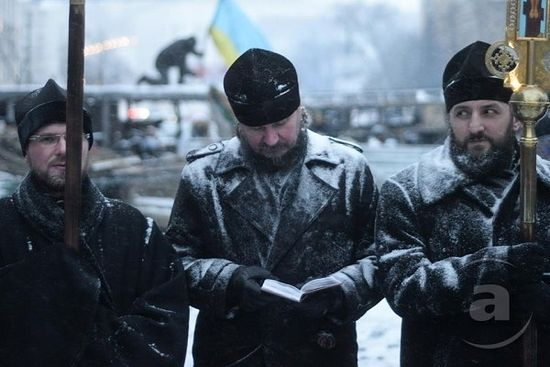 Архимандрит Алипий (Светличный) на Грушевского во времена Майдана