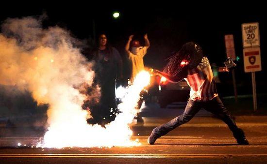 Беспорядки в Фергюсоне, США